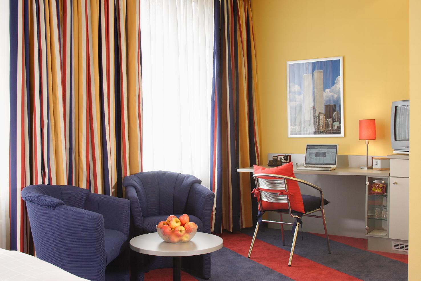 die farben des fr hlings eine reise durch die farbenwelt vom malerservice heyse. Black Bedroom Furniture Sets. Home Design Ideas