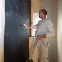 Chalix Decor Finitura Dekorspachtel auf Kalkbasis für dekorative Wandgestaltungen im Innenraum.