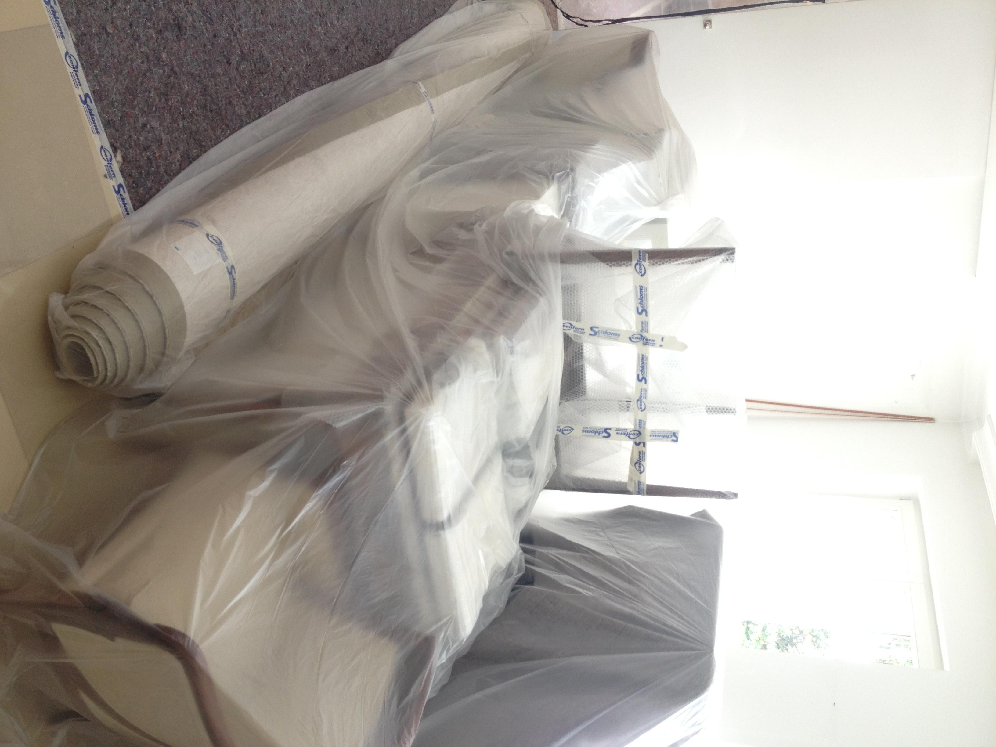 Maler Heyse packt Möbel sauber ein