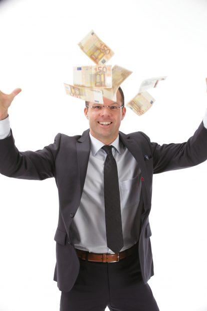 Geld verdienen - Tarifvertrag oder Leistungslohn?