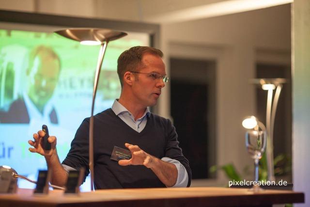 Matthias Schultze - Social Media Manager (IHK) und Experte für Digitale Transformation
