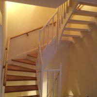 Alte Treppe wird neu aufgearbeitet - Weiß Seidenglänzend