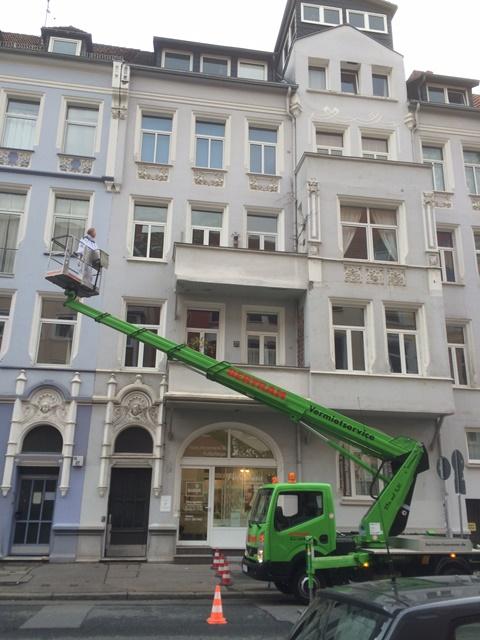 Vorherige Analyse der Schäden an der Fassade