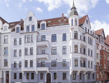 MeinMaler Fassadengestaltung | Stilfassade renovieren | Altbau sanieren | Fassade streichen | Instandhaltung Fassade | mineralische Anstriche