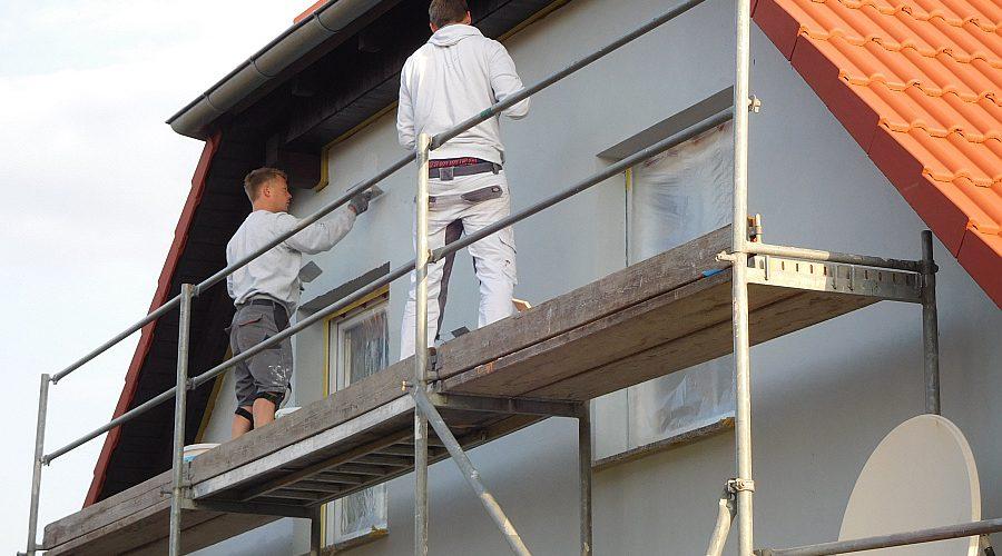 Fassadengestaltung und Dachreinigung