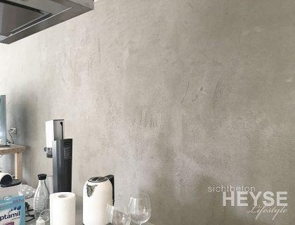Projekt Sichtbetonoptik Wohnzimmer und Küche in Hamburg. Wände in Betonoptik, Betondesign