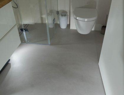 Fußboden In Betonoptik ~ Fugenloser fußboden im betonlook für bäder