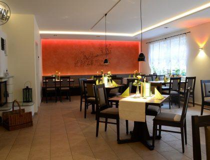Indirekte Beleuchtung LED Wandgestaltung Raumdesign schöner Wohnen Potsdam Treuenbrietzen Beelitz Brueck Flaeming Potsdam Mittelmark