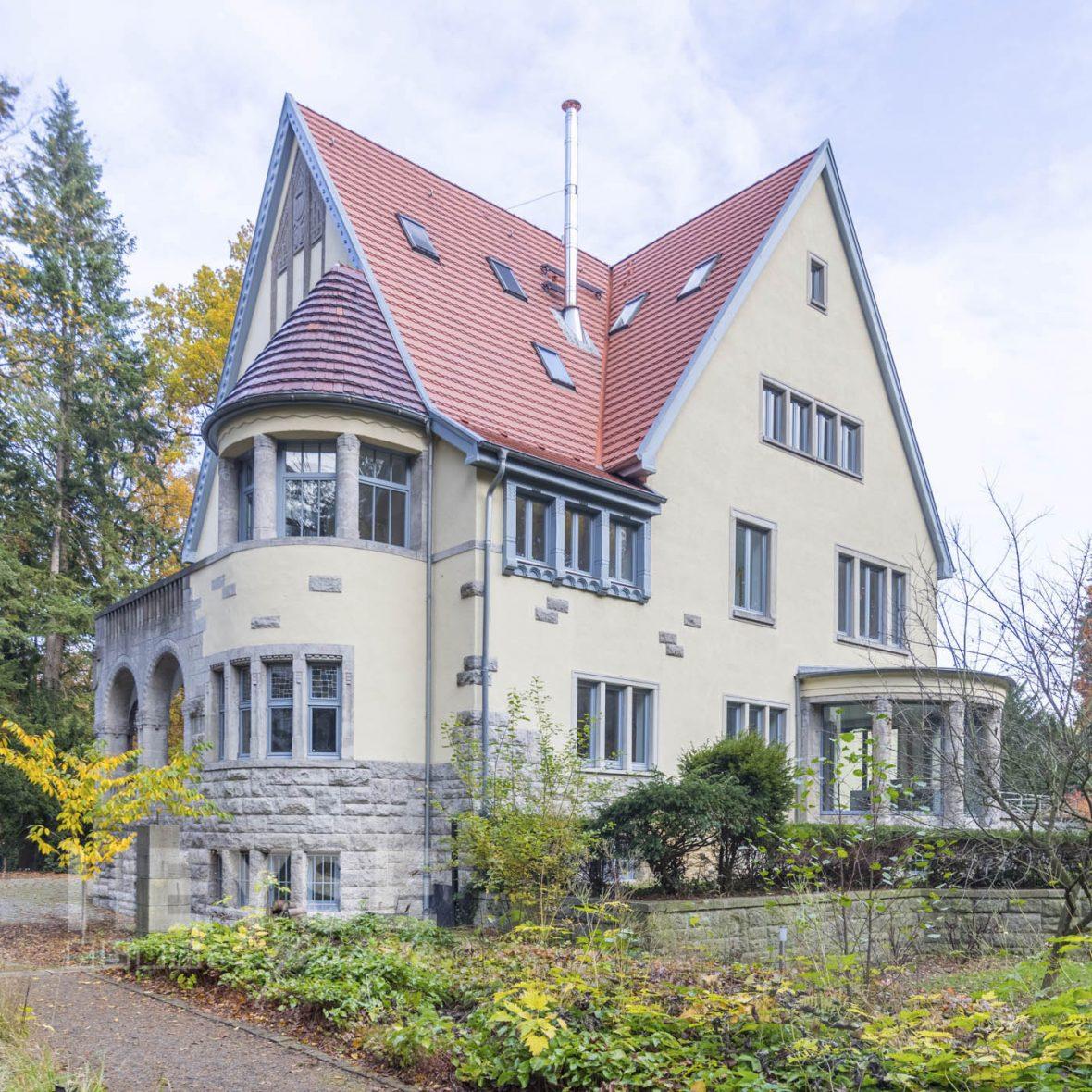 villa haase hannover stilfassade denkmalschutz renovierung. Black Bedroom Furniture Sets. Home Design Ideas