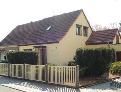 Flaeming-Malerei Treuenbrietzen / Potsdam: Fassadenanstrich Doppelhaus Gelb