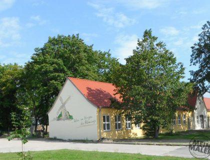 Silikat Fassadenanstrich – Logo Gemeinde Niedergörsdorf – Fassadenmalerei
