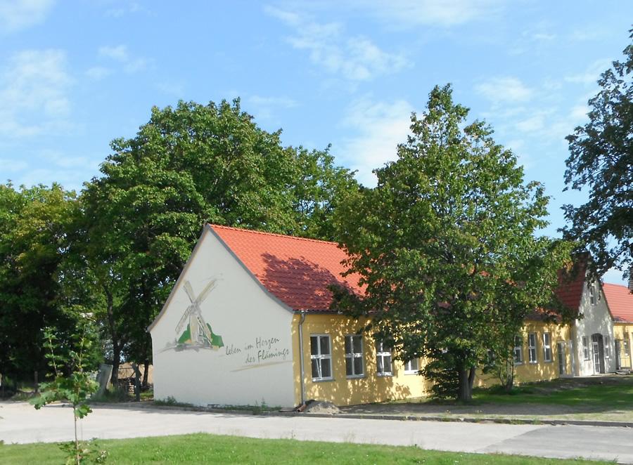 Silikat Fassadenanstrich - Logo Gemeinde Niedergörsdorf - Fassadenmalerei