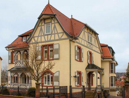 Stadtvilla Jäger in Lauterbach - Fassadensanierung, Putz, Vollwärmeschutz