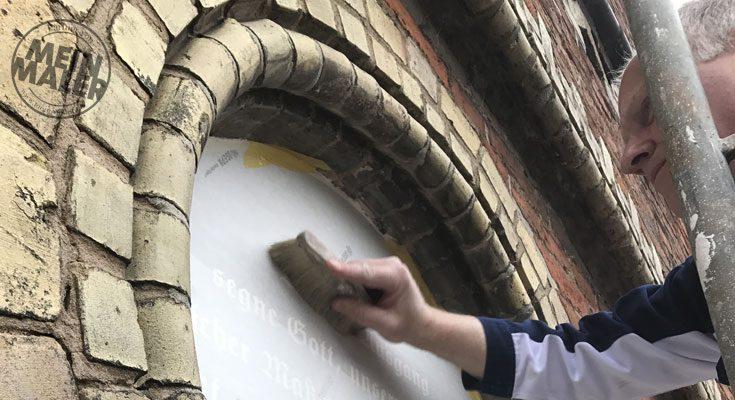Klassische Handwerkskunst: Schabloniertechnik in Verden