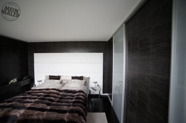 Leder-Vliestapete im Schlafzimmer vom Lieblingsmaler in Braunschweig