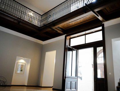 Malerarbeiten - Treppenhaus - Instandsetzung - Lackierarbeiten