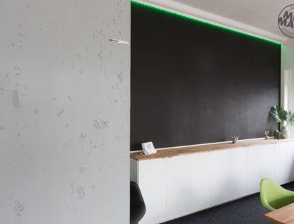 Sichtbeton Betonschalungsfuge Stuck NMC Homedecor Betonoptik Magnetwand Tafellack LED Lichtdesign 17