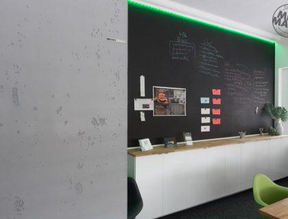 Sichtbeton Betonschalungsfuge Stuck NMC Homedecor Betonoptik Magnetwand Tafellack LED Lichtdesign 18