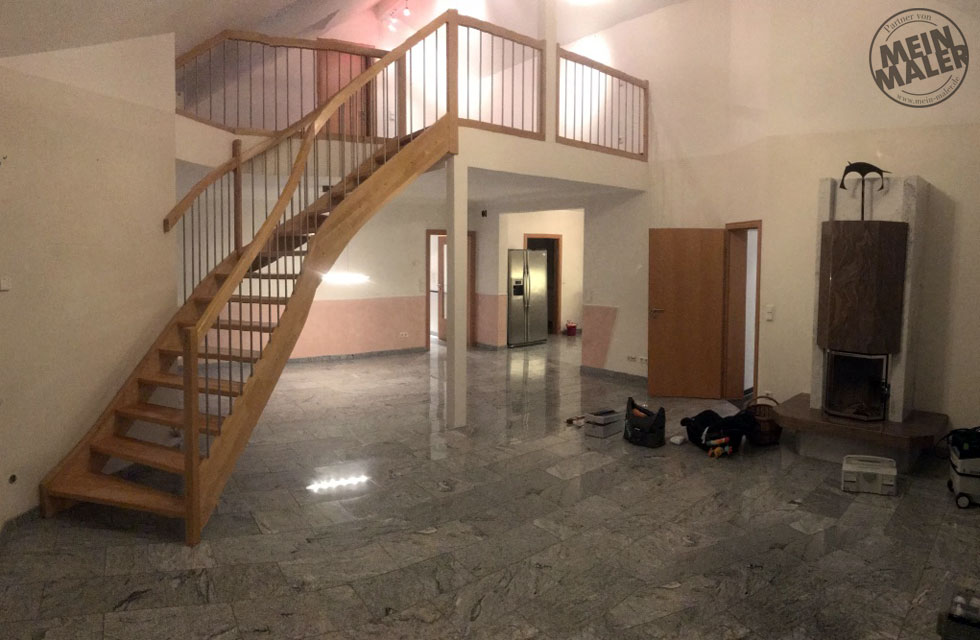 Report Malerarbeiten Treppe Weiss Lackieren Kamin In Betonoptik