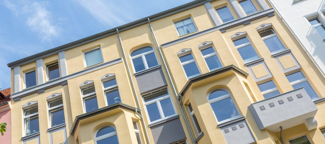 Fassade streichen in Treuenbrietzen, Potsdam, Luckenwalde und Teltow ...